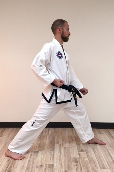 Taekwon-Do low outer forearm block 2