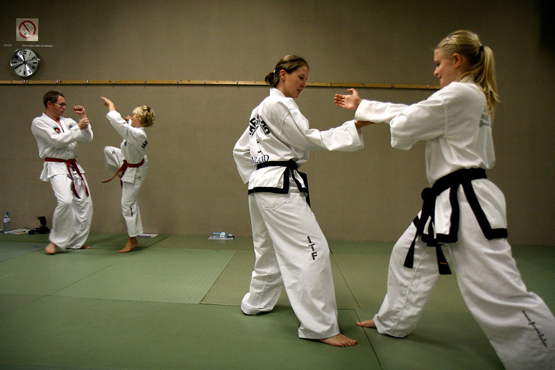 Step Sparring in taekwon-d0